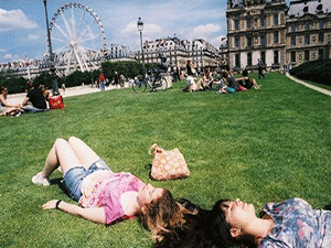 Лето в Париже