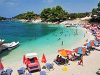 Отели Албании уже не справляются с потоком туристов