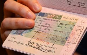 Новый загранпаспорт: как перенести визу